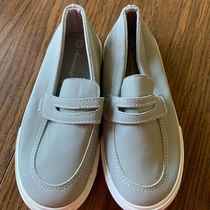 Boys size 11 gray loafer sneakers